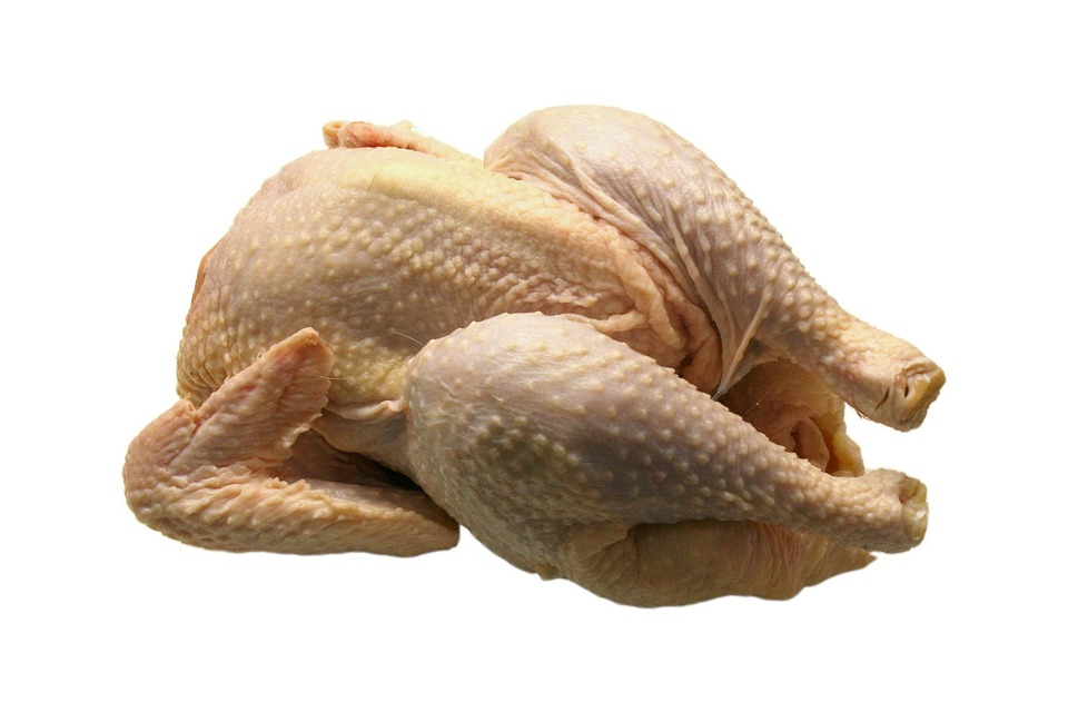 How to safely handle and prepare poultry